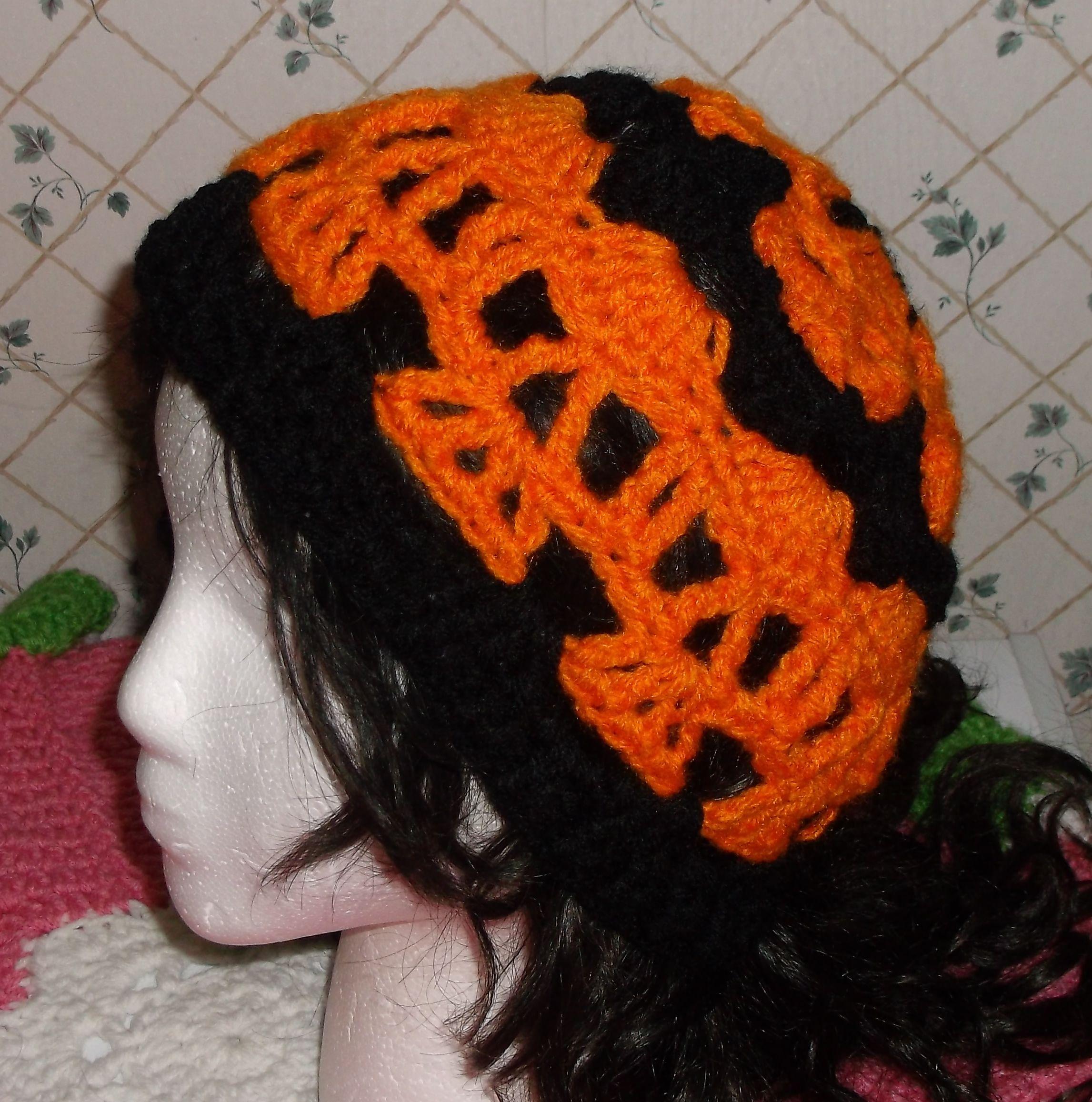 Creepy Skulls Crochet Hat | Crochet Hats / Headbands | Pinterest