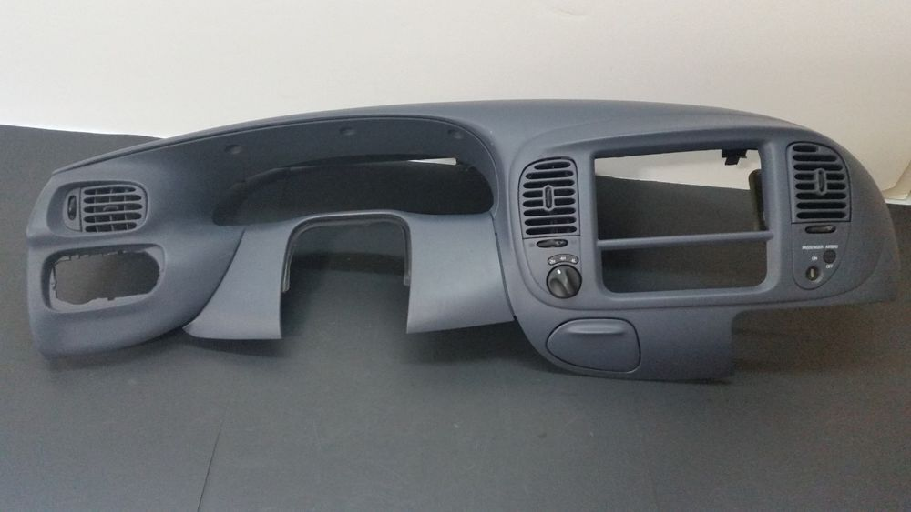 99 03 F 150 Light Duty F 250 4x4 Dash Vent Trim Radio Bezel Rare Blue Fordoem Ford F150 Interior Ebay Cars Ford Expedition