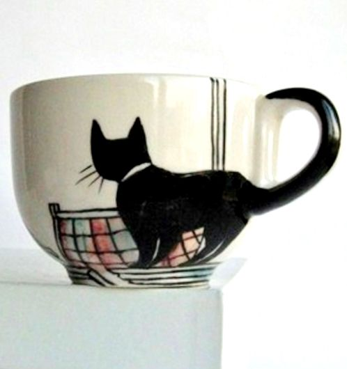 Love Black Cats? 15 Quick And Cute DIY Ideas For Black Cat Lovers #coffeecup