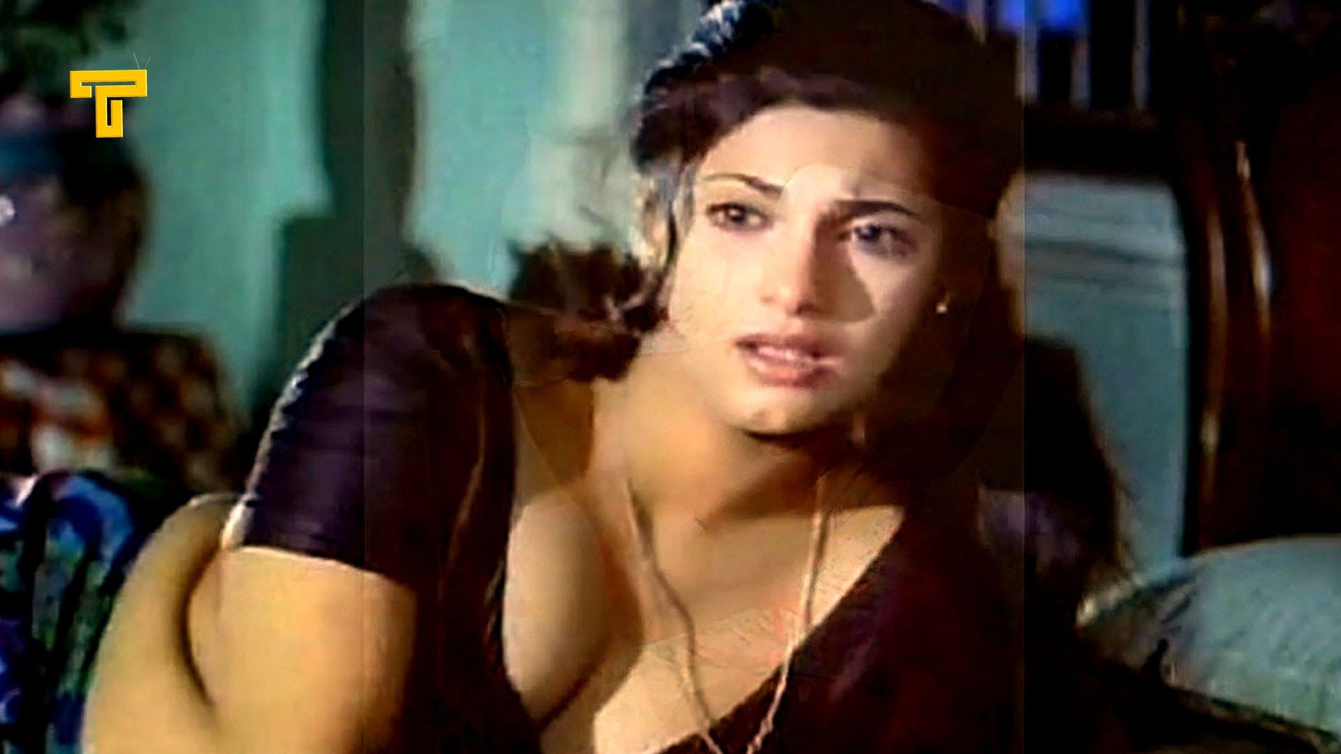 Bollywood Actress Unseen Hot Scenes