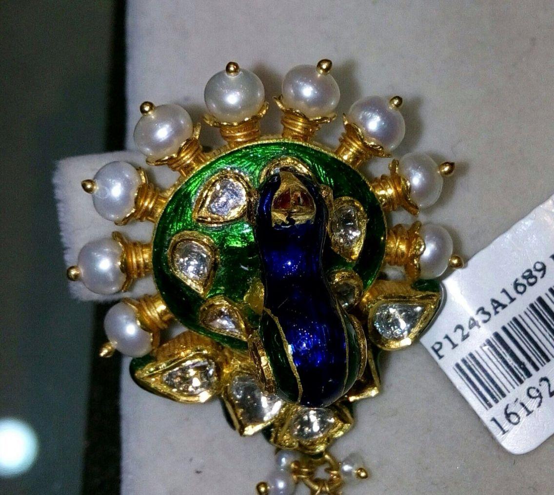 Pin By Nishu Kunwar Deora On Besar Nose Pin Designs Nose Ring Jewelry Jewelry Design
