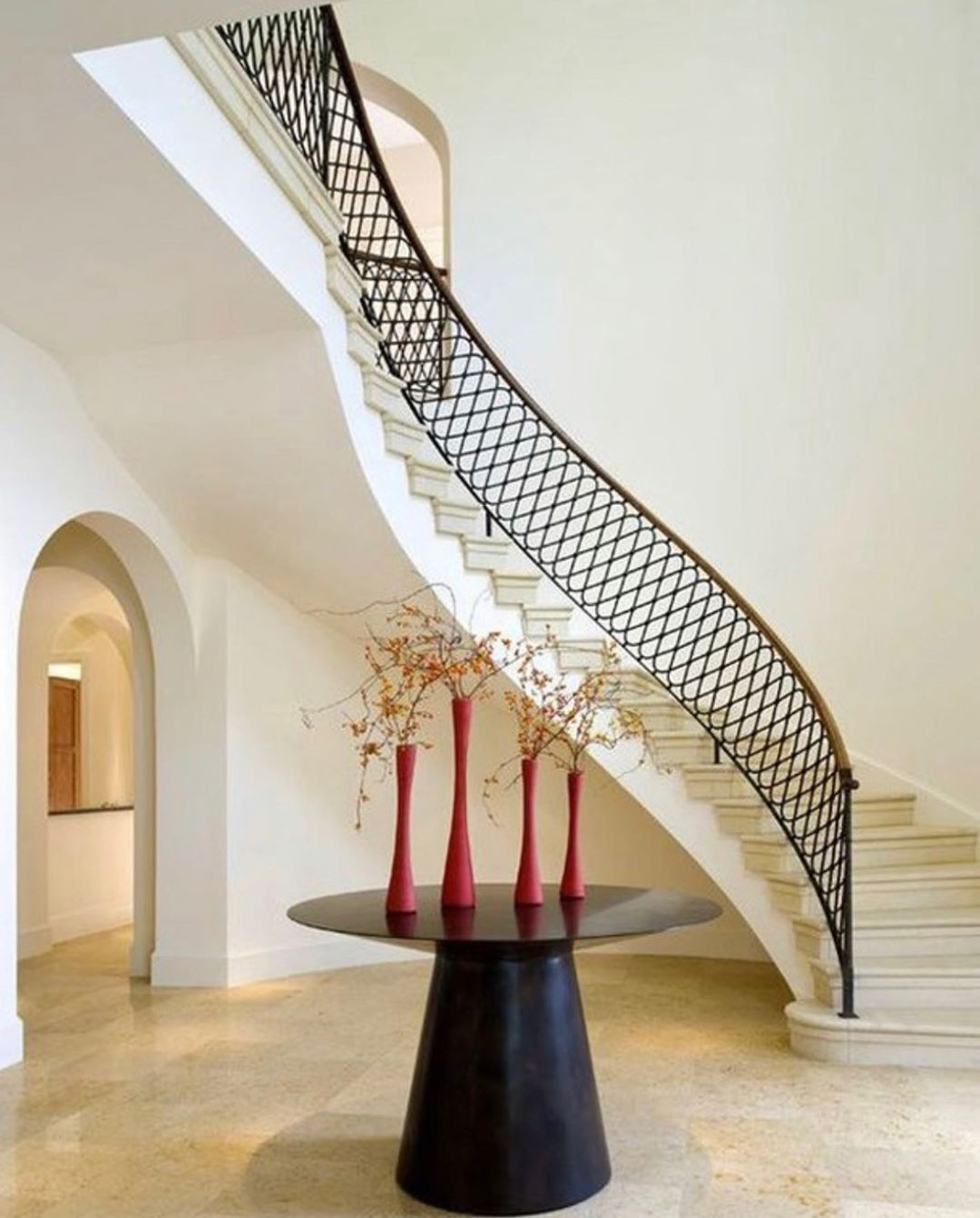 Pin By Merlissa On Cool Houses In 2020 Staircase Design Iron Stair Railing Stair Railing