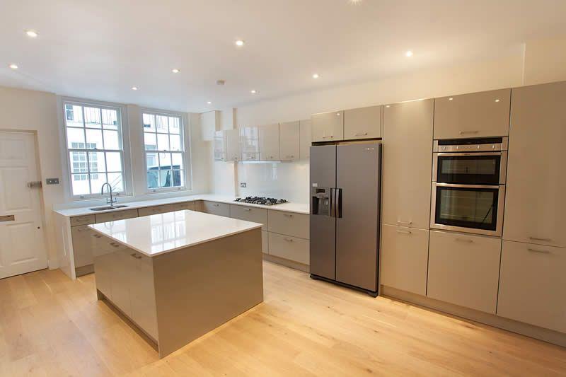 Kitchens Pebble Gray Google Zoeken Neutral Kitchen Colors Colour Schemes Color