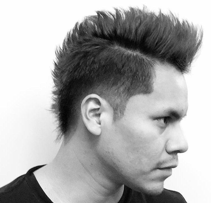 Haarschnitt Nach Mohawk Trendy Frisuren Ideen 2019