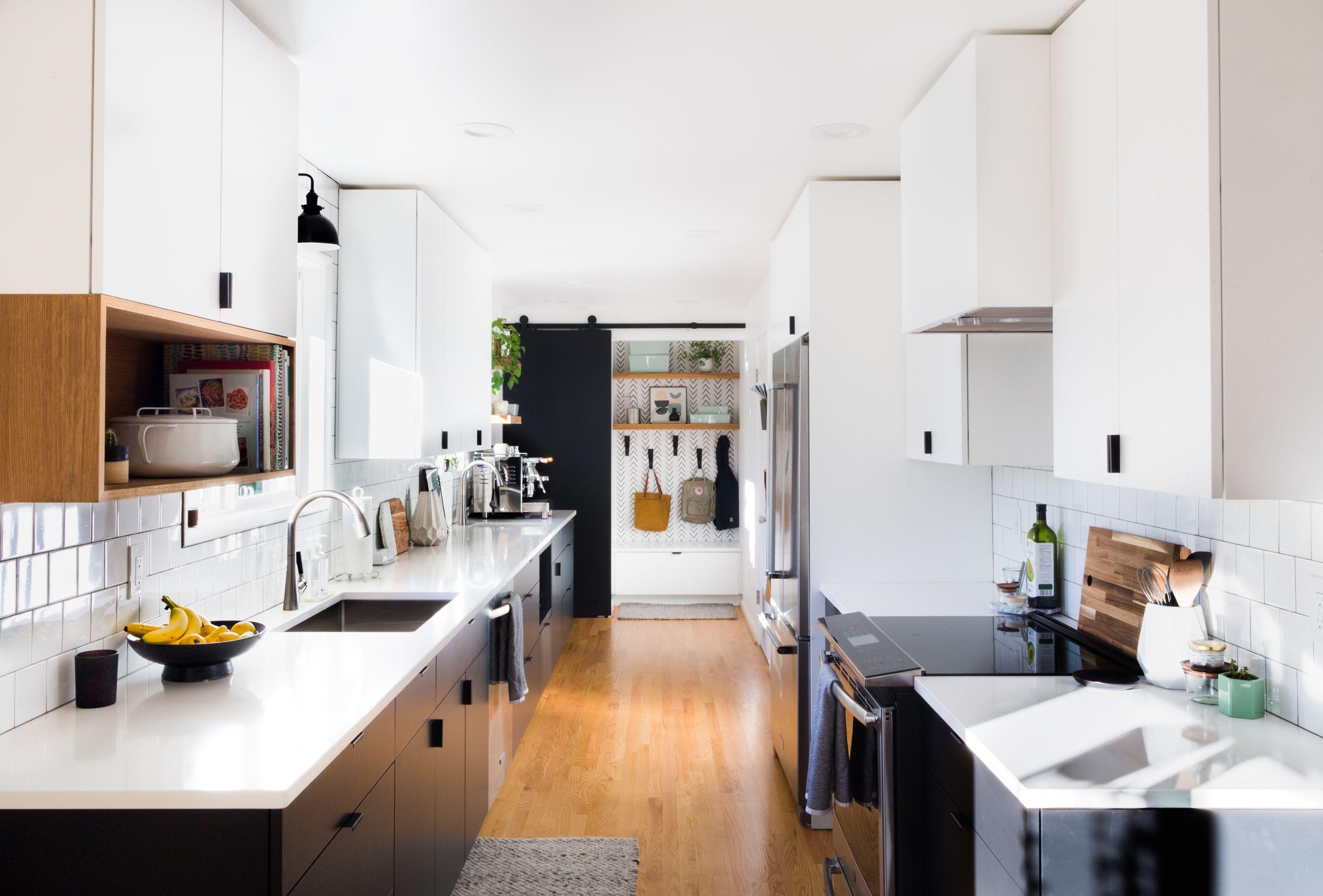 A Recent Kitchen Remodel In Beaverton Oregon Remodel Remodelingkitchenideas Remodelingideas Remode Kitchen Remodel Home Remodeling Straight Line Designs