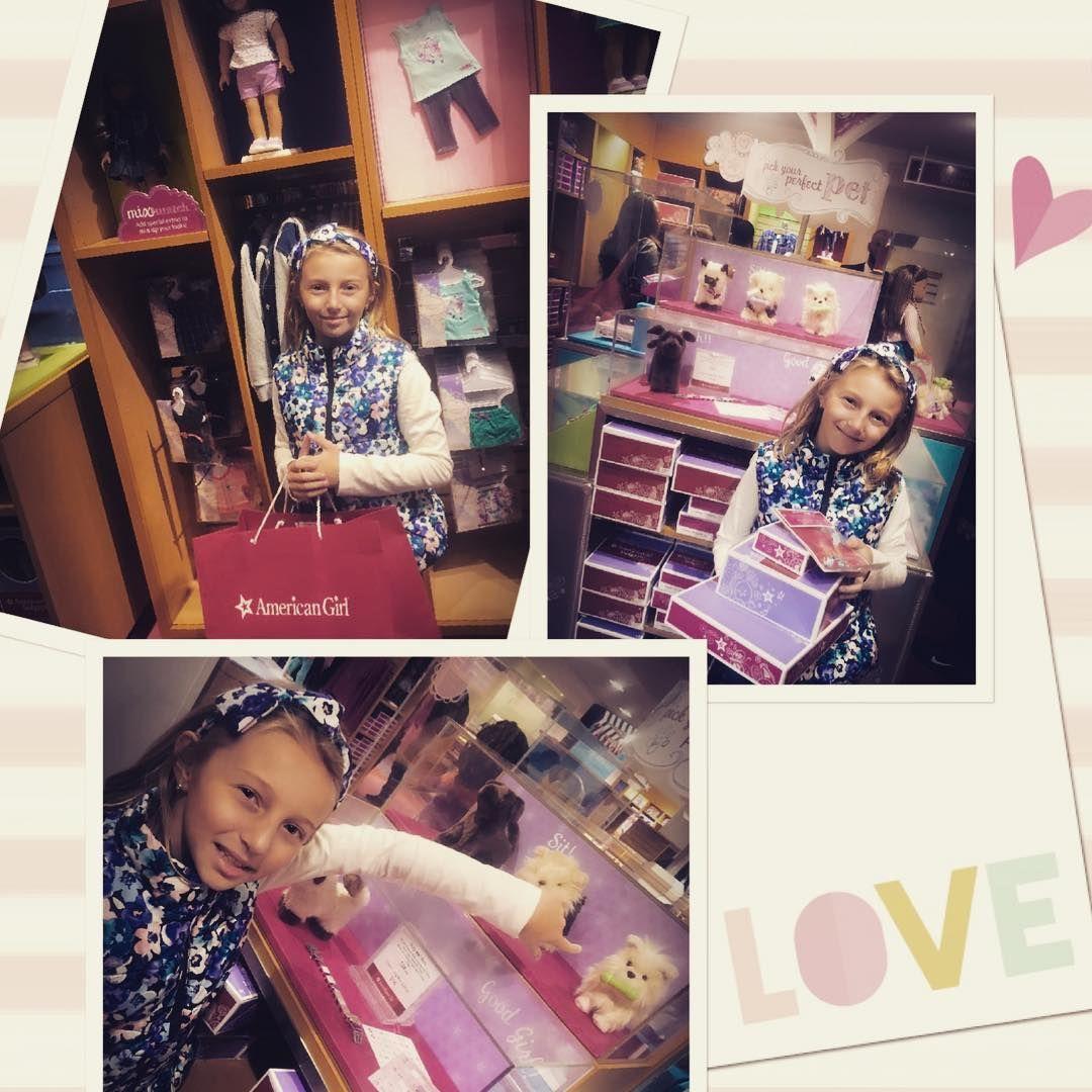My love and her world 😍👸🏼👩❤️💋👩👩👧#americangirldolls #americangirl #herfavoriteplace #herworld #giftsforher #newpet #mydaughter #mylove #myeverything #soproudofyou #mypower #truelove #momanddaughter #always #ever #loveyoursmile #loveyousomuch #happygirls #happinesisachoice #weekend #timeonlytogether #youandme #shopping #funtime #relaxtime #manhattan #fifthavenue #rockefellercenter