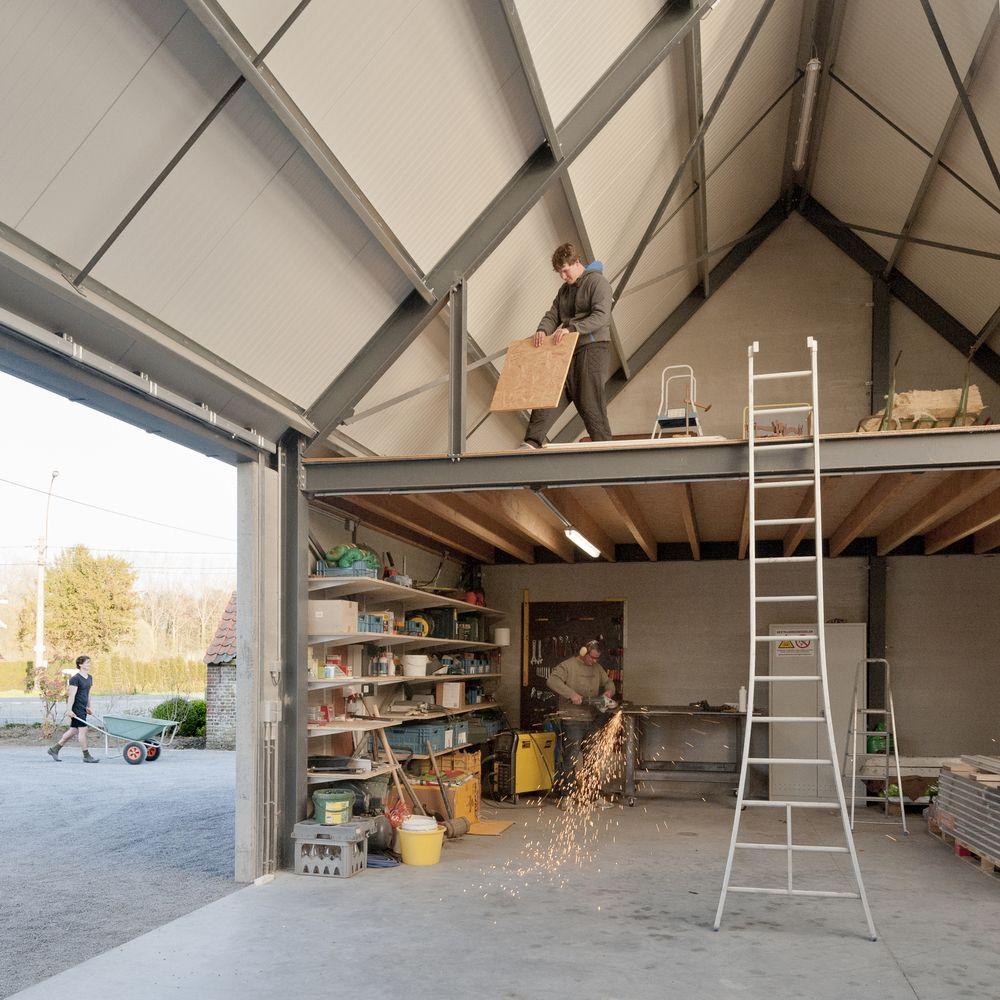 Gallery of Contemporary Barn / P L O E G architecten - 7