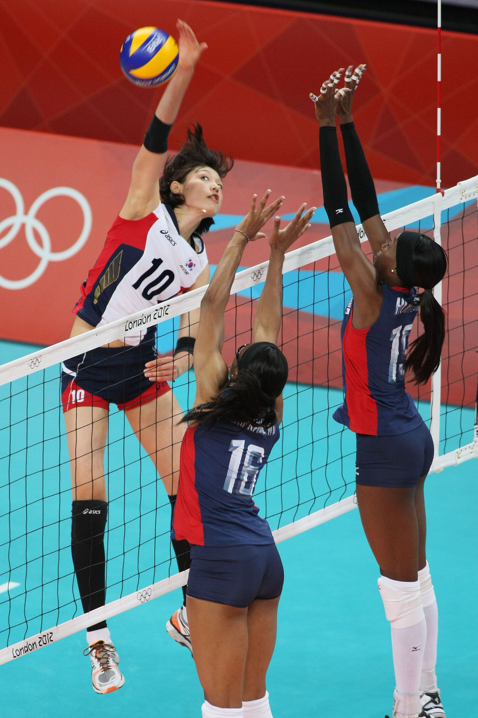 History Of Volleyball Olympic Volleyball Volleyball Photography Female Volleyball Players