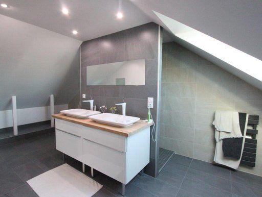Salle De Bain Et Aménagement De Combles Une Idée Combles - Amenagement salle de bain combles