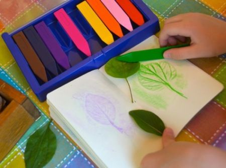 Val's Crafty Corner: Leaf Rubbings On the Go! #innerchildfun #melissaanddoug
