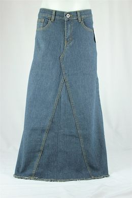 1db23c4156 Jean skirts - love  em so!!! I made one just like this only with white lace  at the bottom of each V (in between the side panels) on the front and back  ...