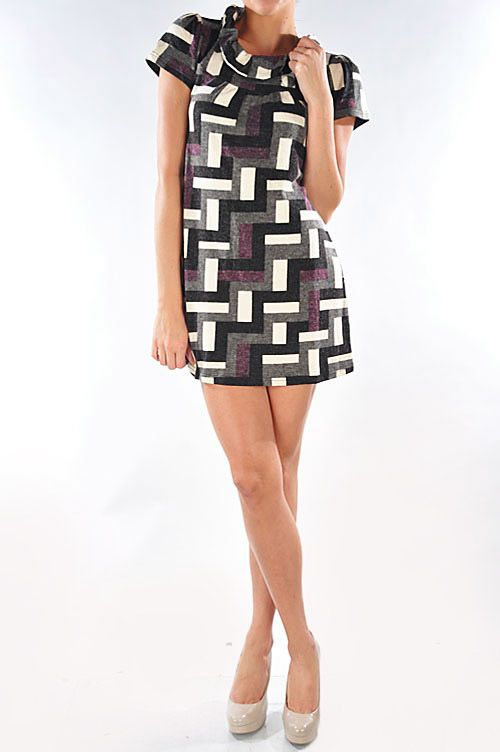 The colors (purple, gray, black, and white) & style of this dress are absolutely charming! Would look nice with a long-sleeved top underneath as well! Sizes: S-XL