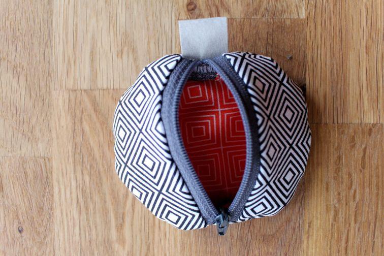 genähtes-rundes-täschchen10 – Bolsa de moda