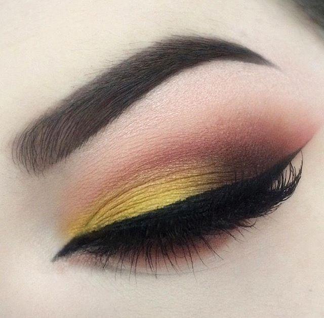 Makeup Geek Eyeshadows in Chickadee, Cocoa Bear, Lemon Drop, Mocha