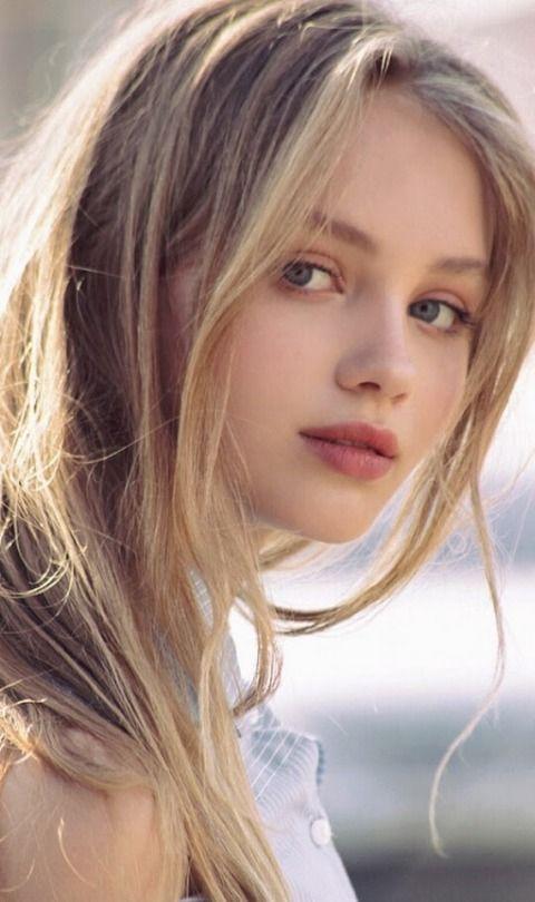 Josephine Langford Gorgeous T Beauty