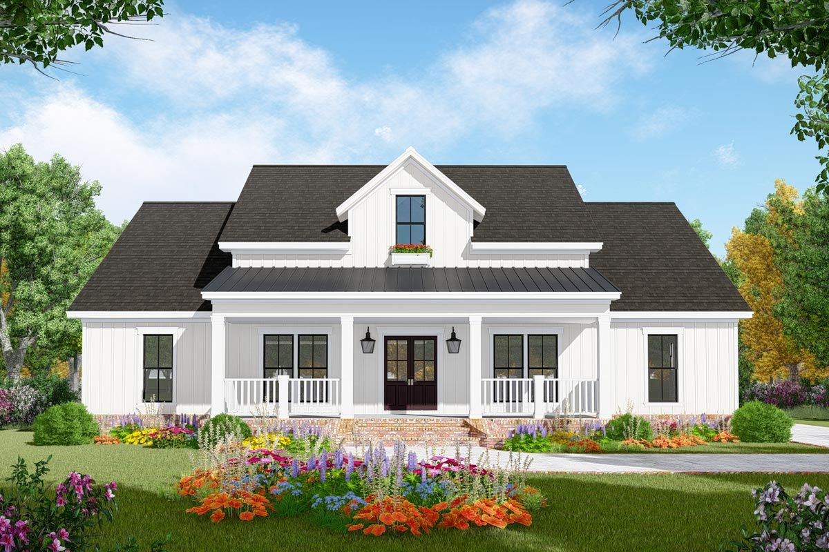 Plan 51190mm 3 Bedroom Modern Farmhouse Plan With Vaulted Great Room Farmhouse Style House Plans Farmhouse Style House Modern Farmhouse Plans