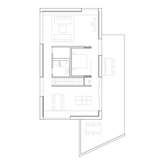 Gallery of Vielseitiges Haus am Hang / Wolfertstetter