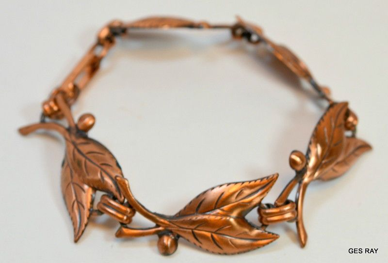 1970s Leaf and Berry Solid Copper Link Bracelet #SolidCopper