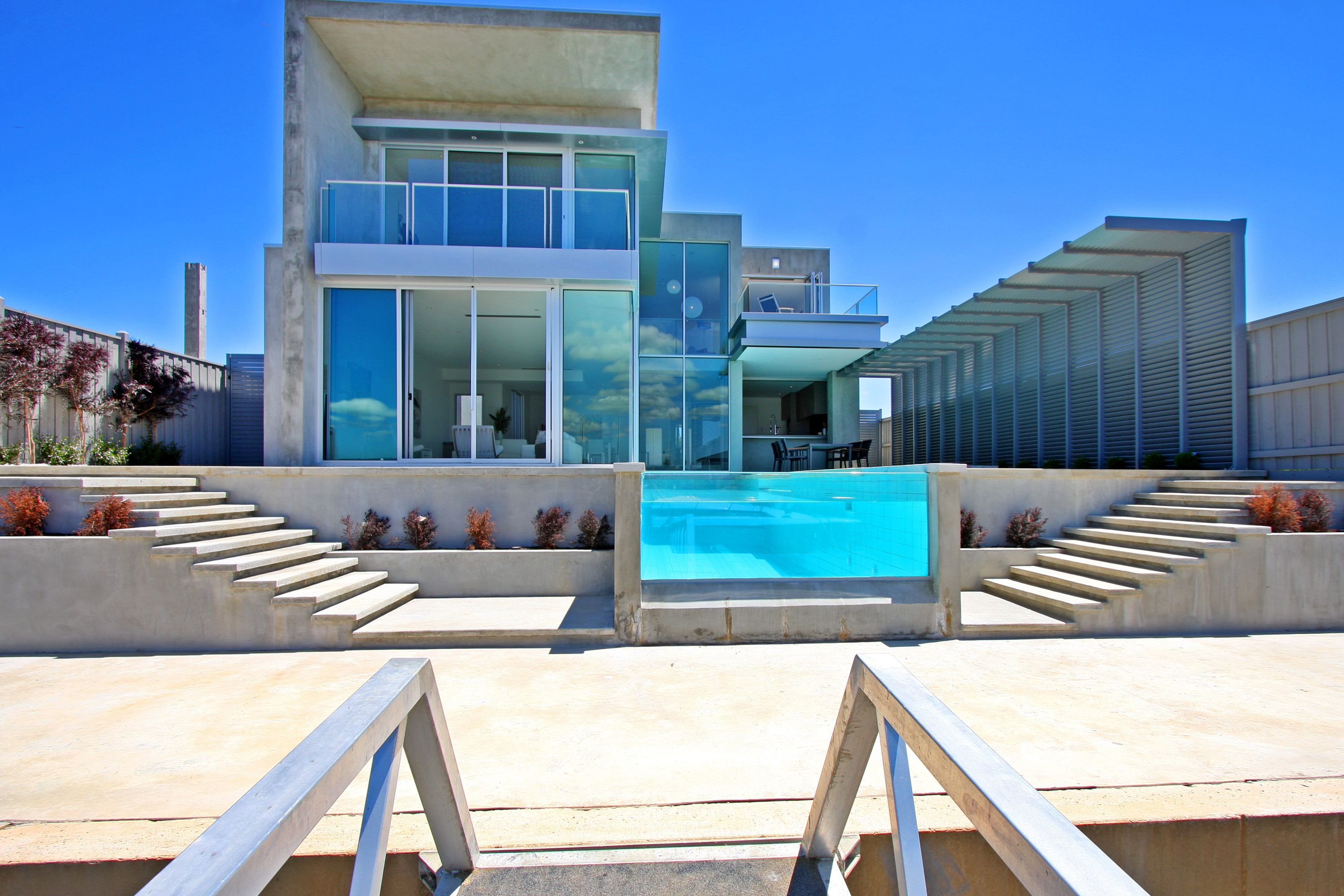 Nice houses on the beach - Beautiful Houses On The Beach Marvelous Architecture Beach House Design With Blue Glass Swimming Pool