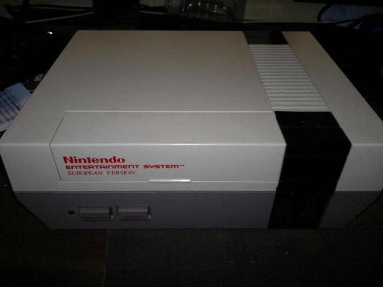 Retro-Casemod mit Nintendo: Ein NES wird zum AMD-PC (1)