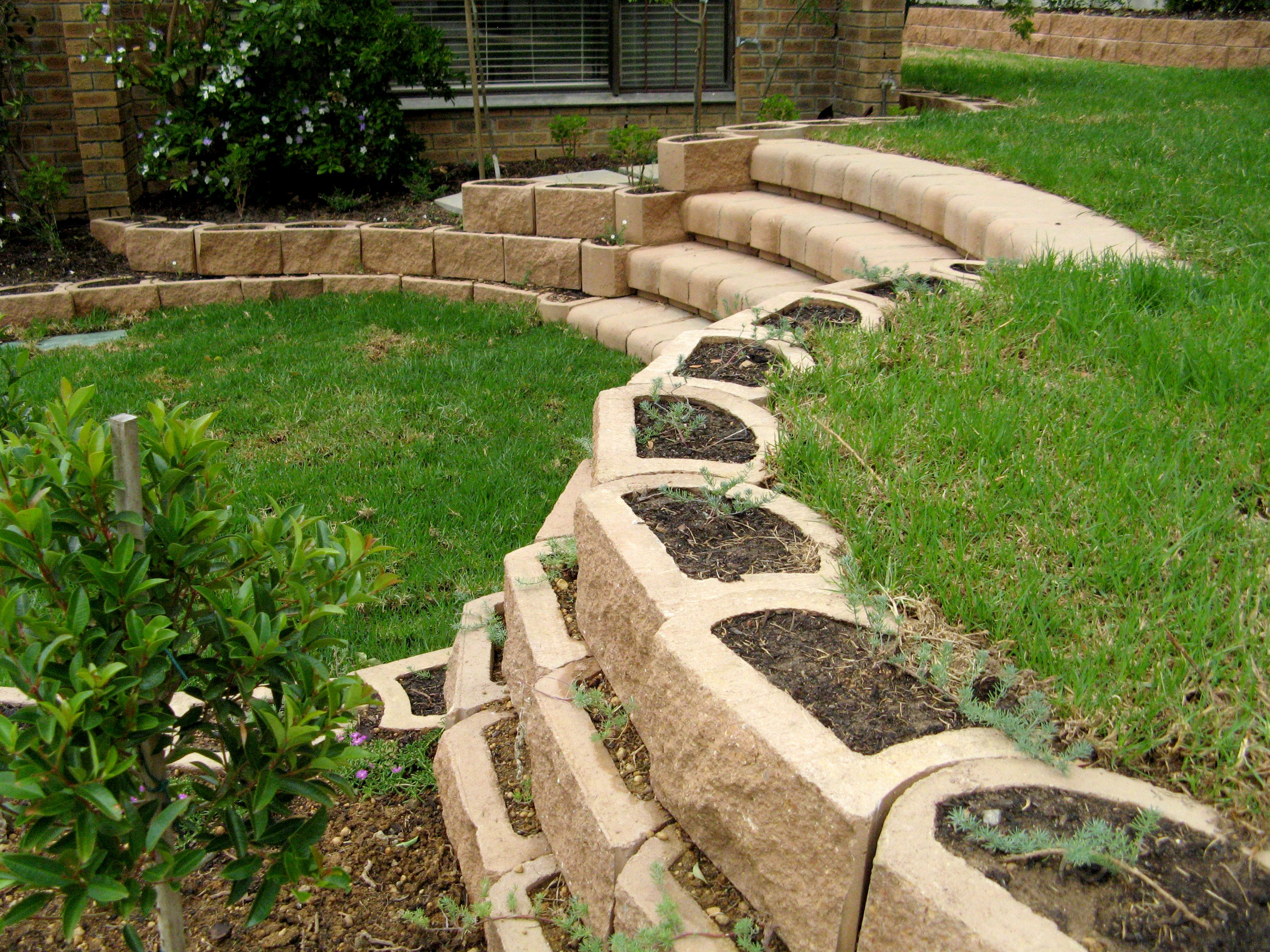 Curved Stairs With Retaining Blocks Landscape Stairs
