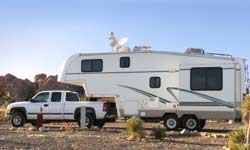 How Fifth Wheel Hitches Work Fifth Wheel Campers Camper 5th