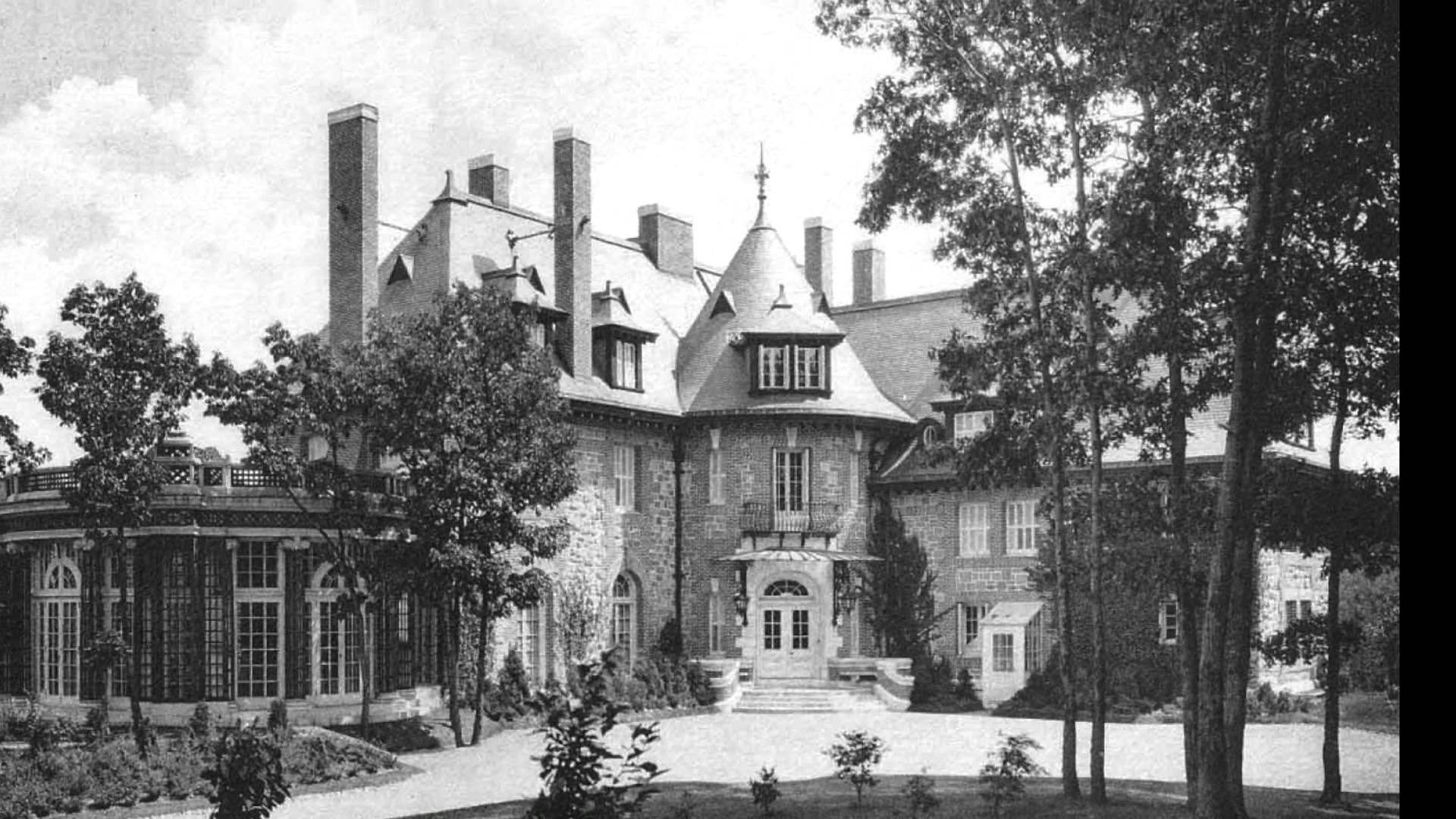 Tuxedo park new york 1907 gilded age mansions castles nyc for Tuxedo house