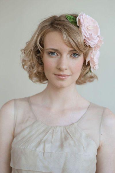 伸ばさなくても大丈夫!ショート&ボブの花嫁さんにおすすめの髪型カタログ♡にて紹介している画像