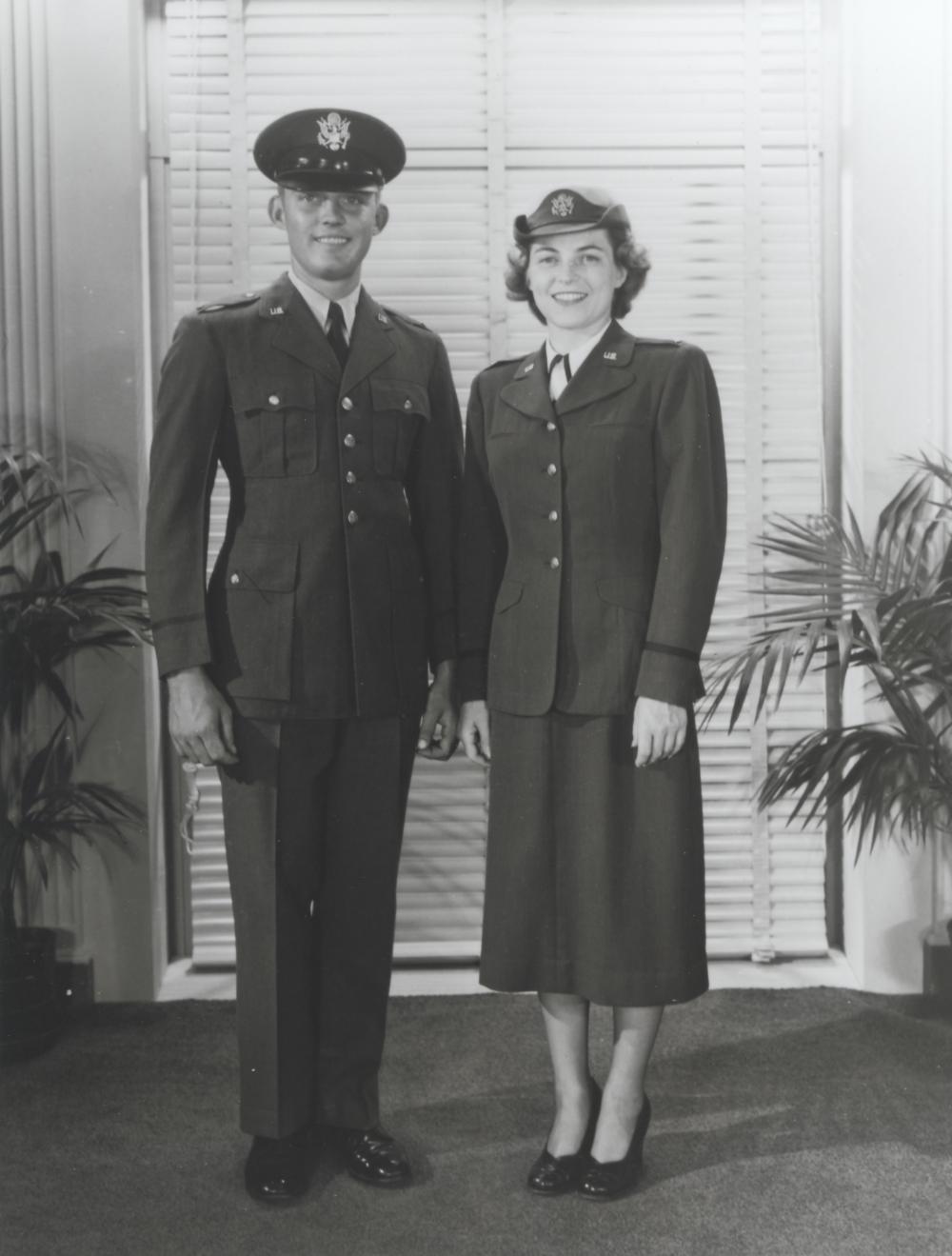 Air Force Dress Blues Women S Fifties Google Search Air Force Dress Blues Air Force Uniforms Usaf Uniforms [ 1319 x 1000 Pixel ]