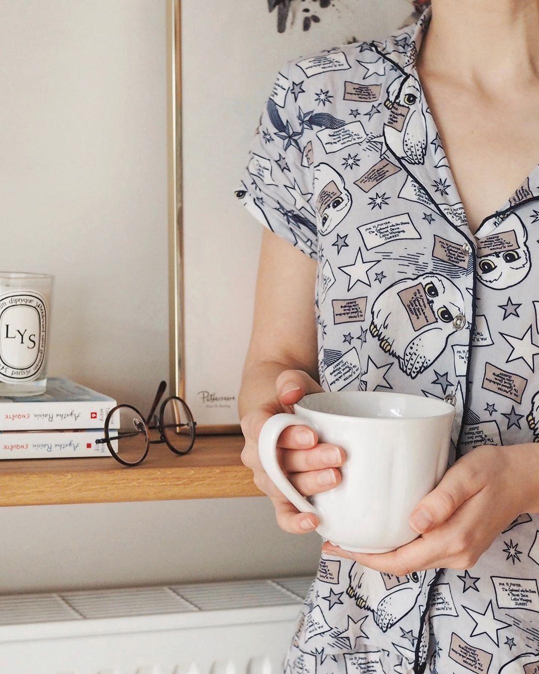 Pyjama par-tea! ☕️☁️| • Fondue savoyarde  Pyjama par-tea! ☕️☁️| • Fondue savoyarde #fonduesavoyarde