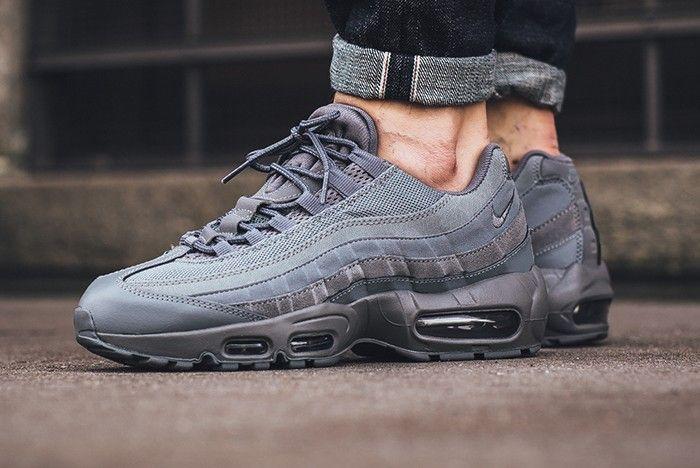 95 Nike Grey