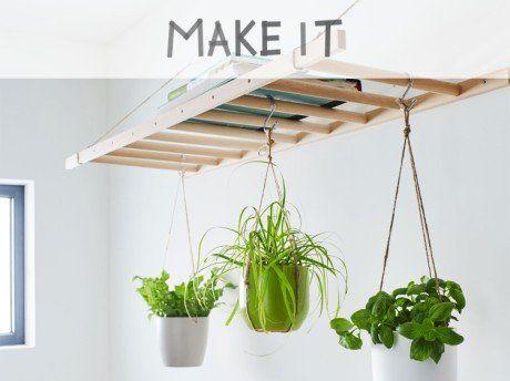 Diy Creer Un Jardin Suspendu En Bois Avec Images Jardins Suspendus Etagere Suspendue Plafond Support Plante