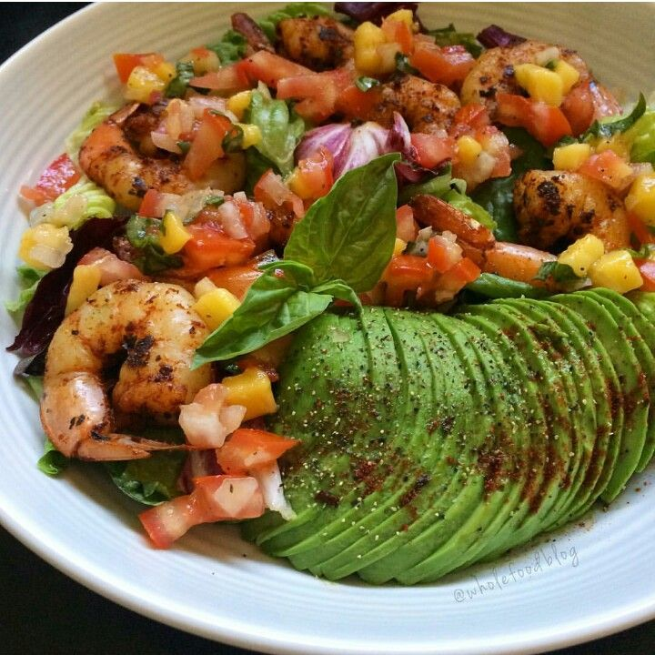 Yummy shrimp and avocado salad
