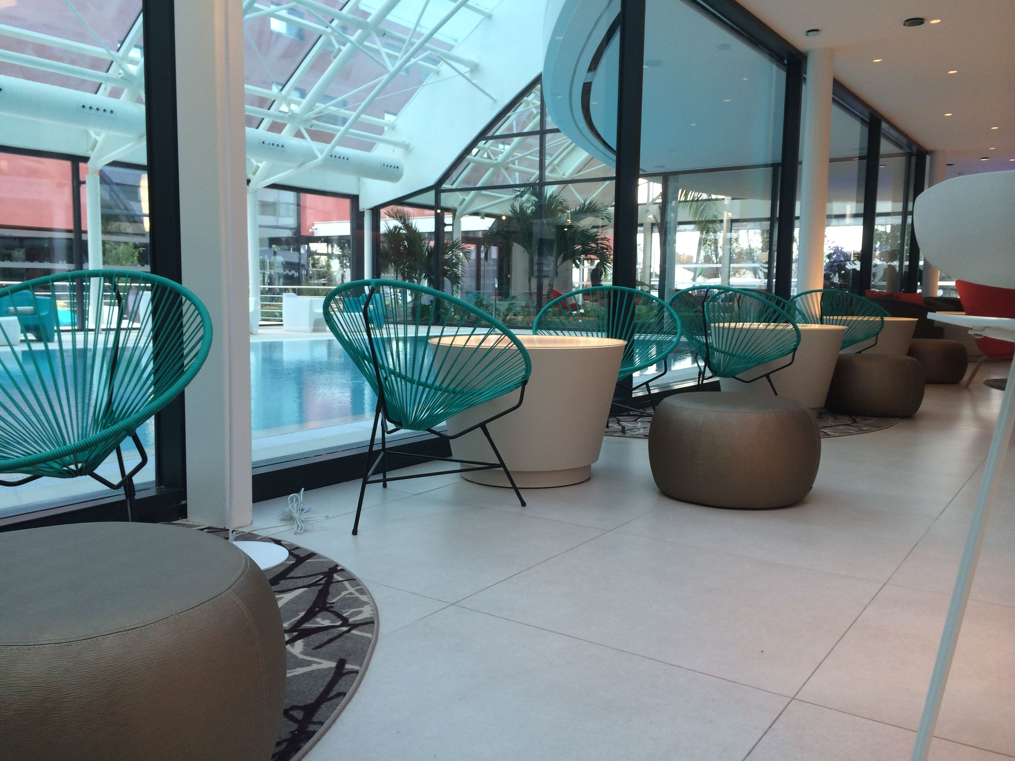 Boqa Fr le #patio de l'#hôtel oceania à roissy! un design soigné avec des