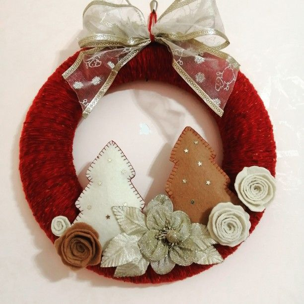 Photo of wool and felt garland