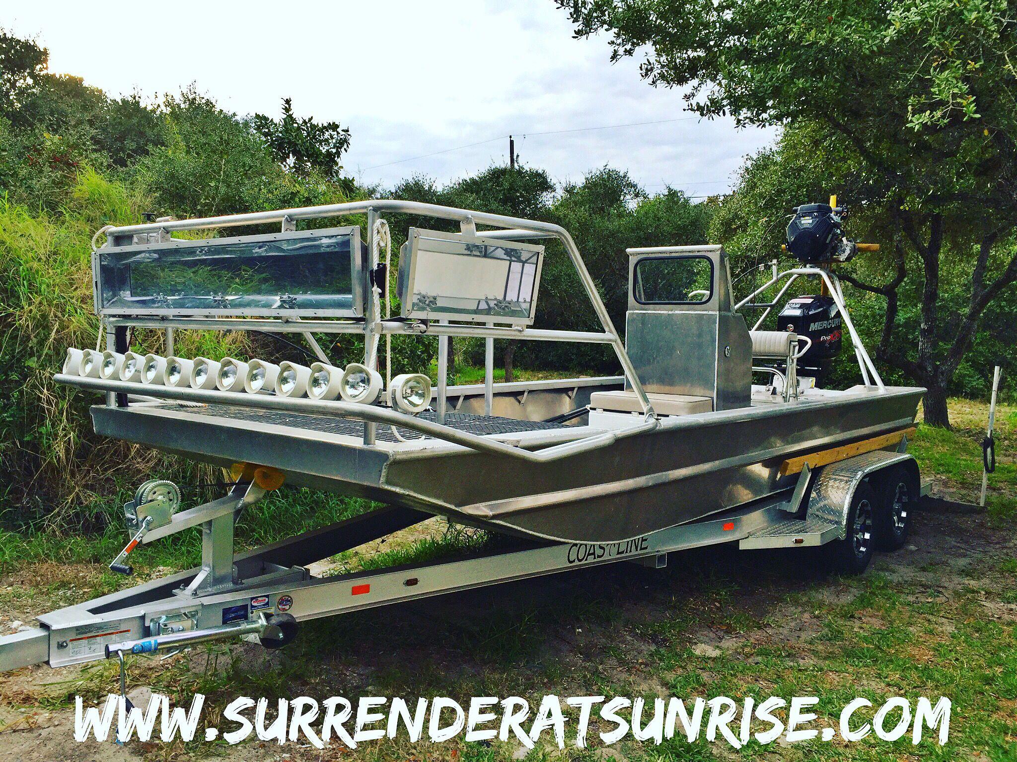 Custom Weld All Aluminum Flounder Boat Flounder Gigging Trips