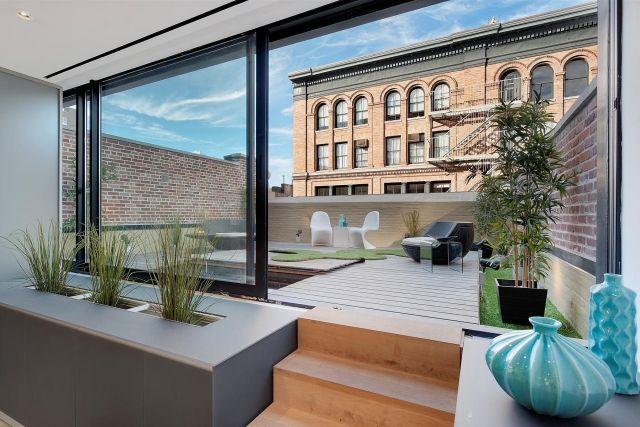 ideen terrassengestaltung kunstrasen teppich lounge m bel. Black Bedroom Furniture Sets. Home Design Ideas