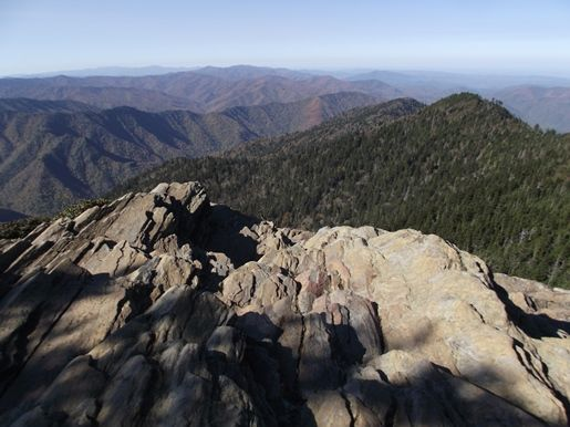 mount-leconte-cliff-top
