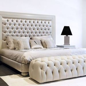 Leather Double Bed With Tufted Headboard ZAHRA DecòGlam   Casa Gioiello  Collection By Mantellassi 1926