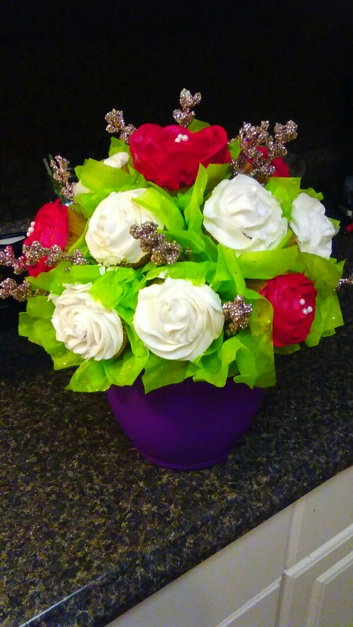 Cupcake flower bouquet I made for my mama\'s birthday! Red and white ...