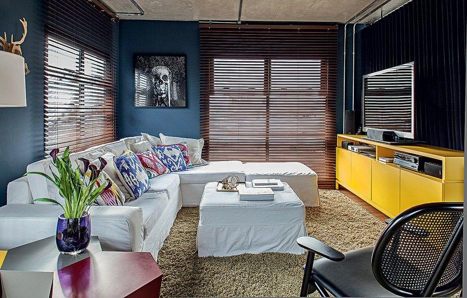 Sala De Tv Com Sofa Amarelo ~ móvel laqueado em amarelo é criação de Nelson Kabarite  Toque