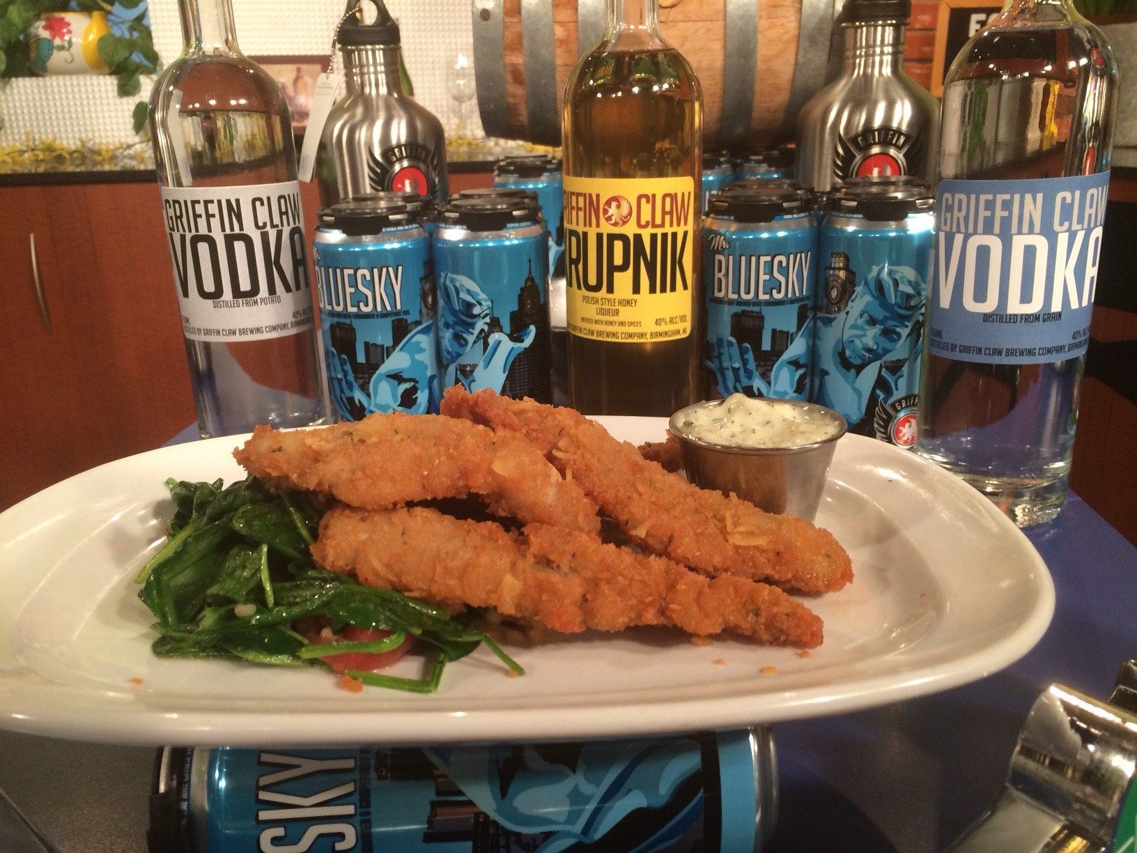 Better Maid crusted perch from Griffin Claw Brewing Co  - Fox 2 News