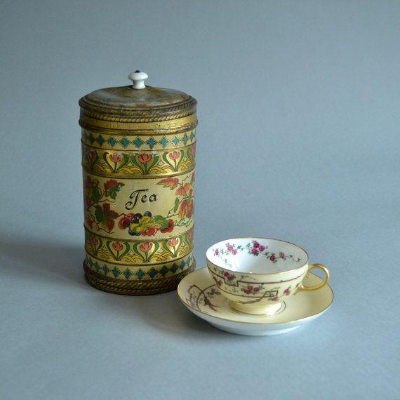 SOLD Tea Tin Tea Canister Grape Leaf Tin Tea Collectible Colorful Tin Large  Metal Tin Kitchen Canister Kitchen Decor Tall Tea Tin