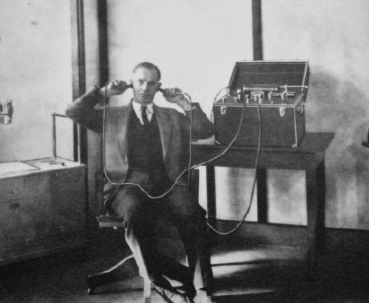 Patient is being treated for deafness by diathermy, using the moving-coil D'Arsonval galvanometer (1925). Jaipreet Virdi (@jaivirdi) | Twitter.