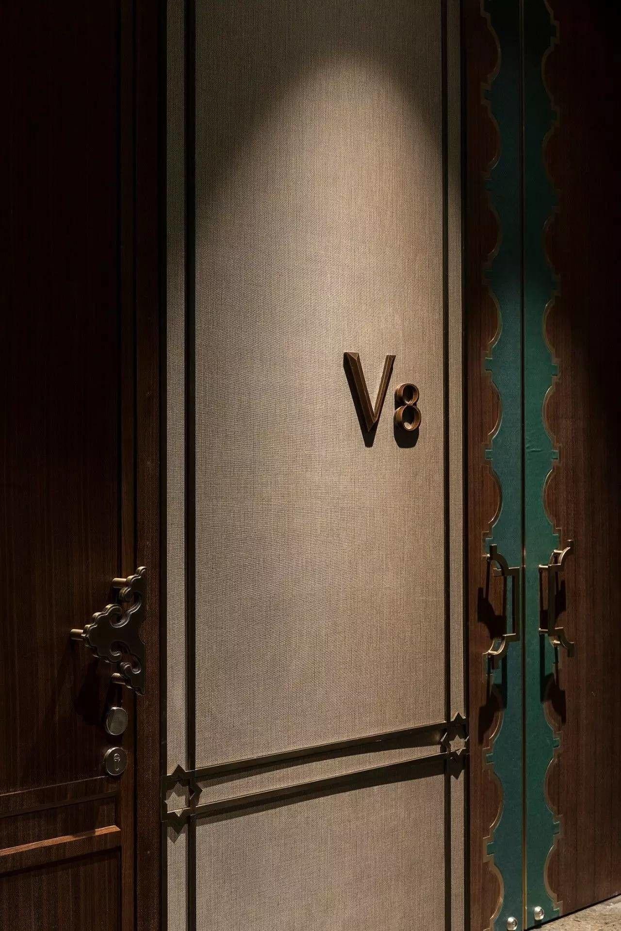 Pin By Green Heaven On Wall Corridor Design Doors Interior Door Handles