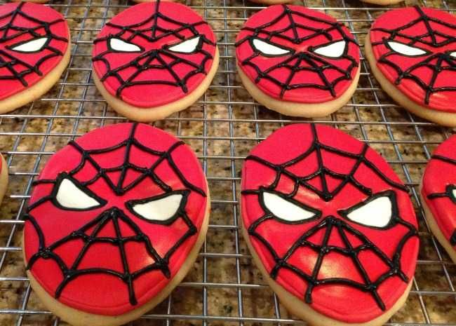 These 13 Halloween Cookie Decorations Are Scary Brilliant ...