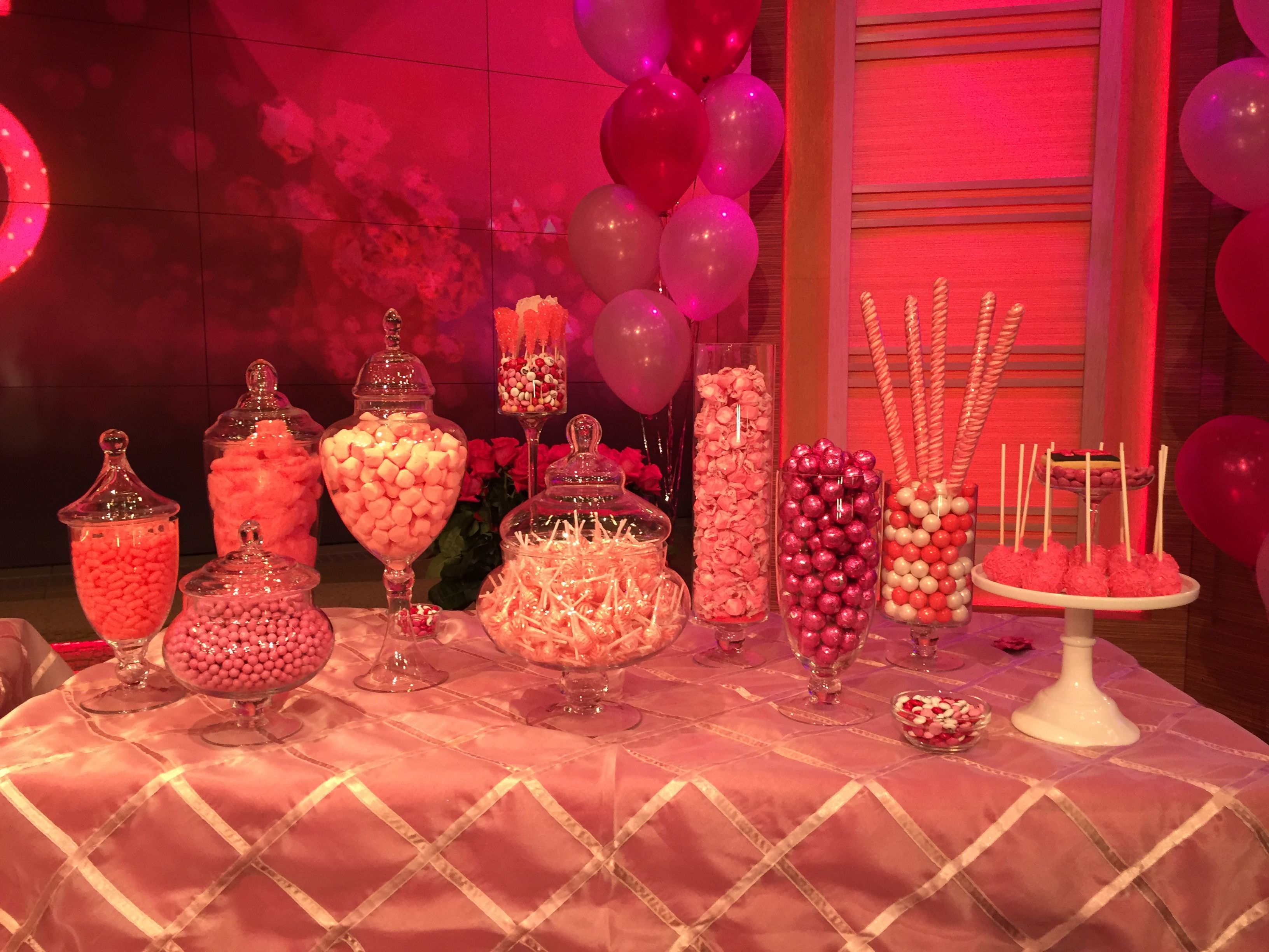 Candy buffet ideas for sweet sixteen - Kelly Ripa S Sweet 15 Party Candy Table From Pretty Sweet Candy Buffet Live With Kelly