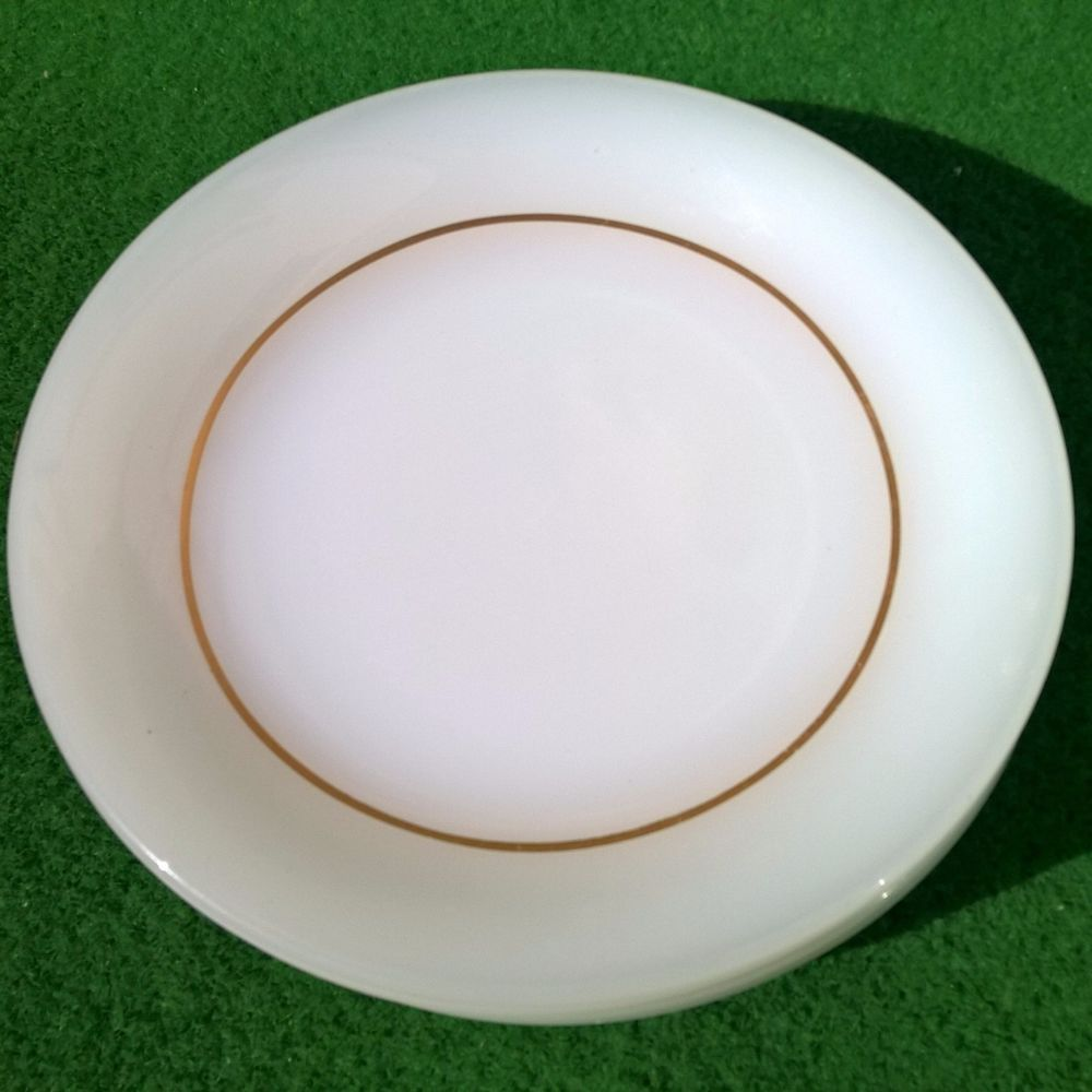 ARCOPAL WHITE GLASS GOLD RING 6 DESSERT PLATE SET MADE IN FRANCE GLAS TELLER