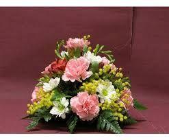 Resultado de imagen para centro de mesa con flores artificiales