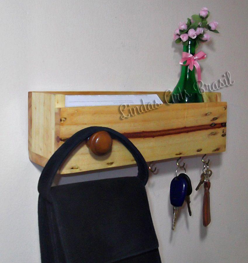 Porta-cartas/chaves em pallet